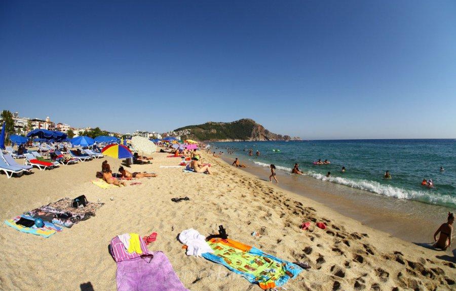 Kleopatra Plajı, Türkiye'nin en güzel plajları arasında...